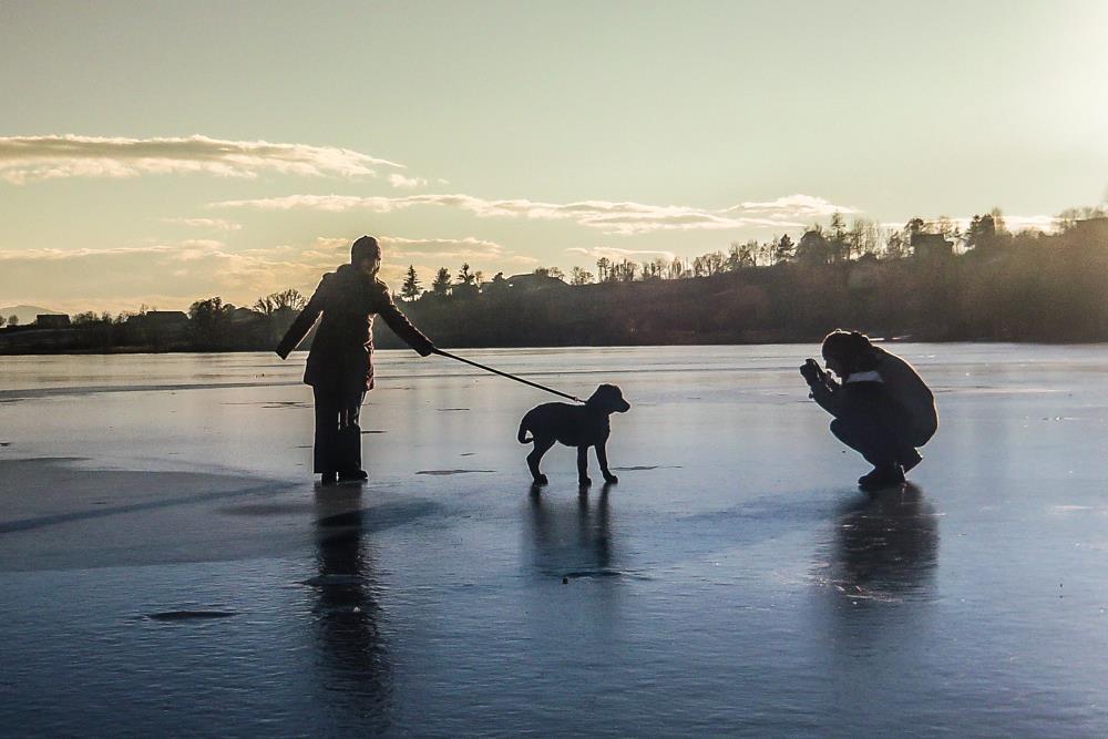 Le lac de Pelleautier gelé